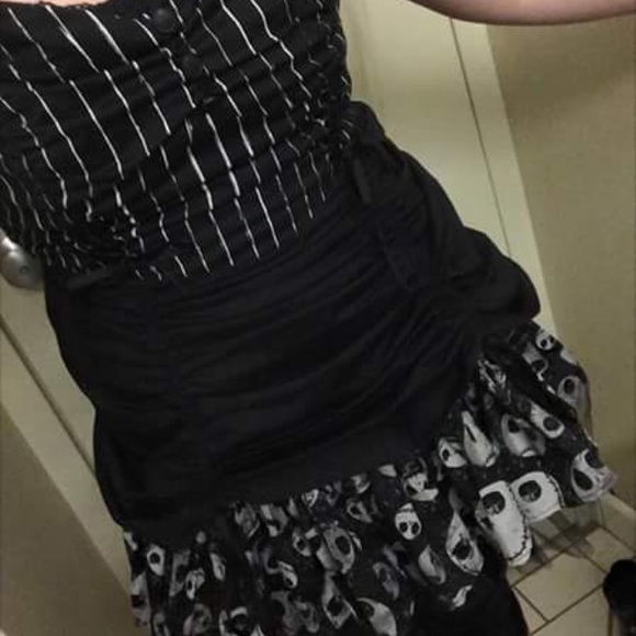 Hot Topic Nightmare Before Christmas Dress.Hot Topic Nightmare Before Christmas Dress